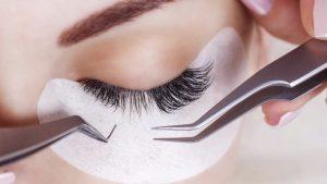 holisticspa-eyelashes